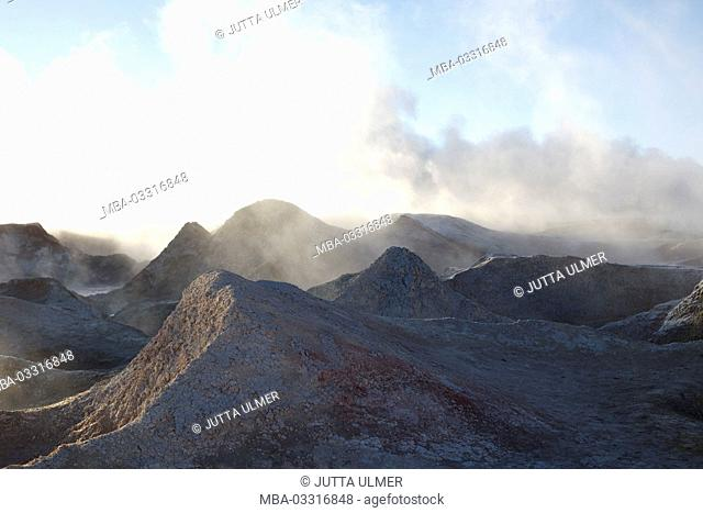 Bolivia, Los Lipez, field Geysir Sol de Manana