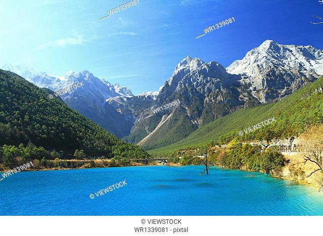 Yulong Snow Mountain scenic foothills of the Blue Moon Valley