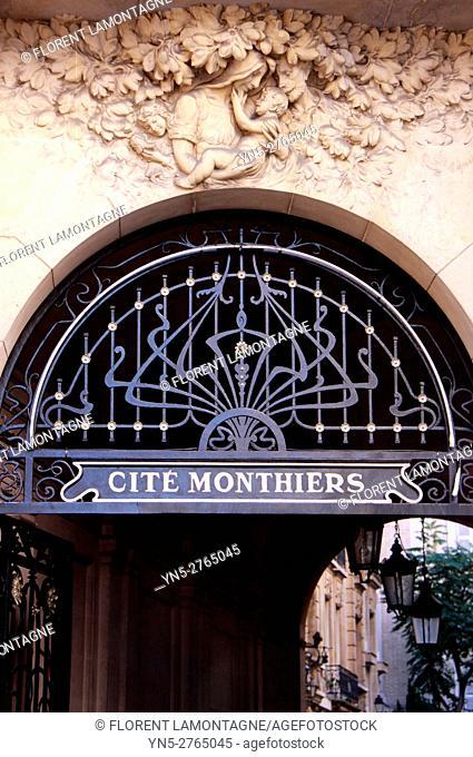 Passage of Cité Monthiers in Paris, Ile de France