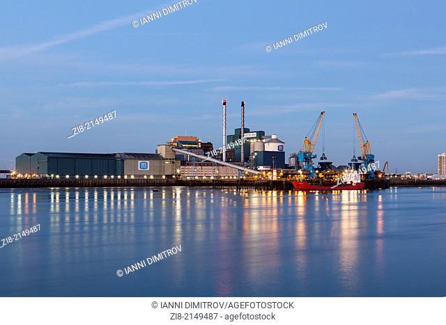 Tate&Lyle Thames Sugar Refinery,Silvertown,London-Thames Refinery in London is the largest sugar refinery in the EU and one of the largest in the world
