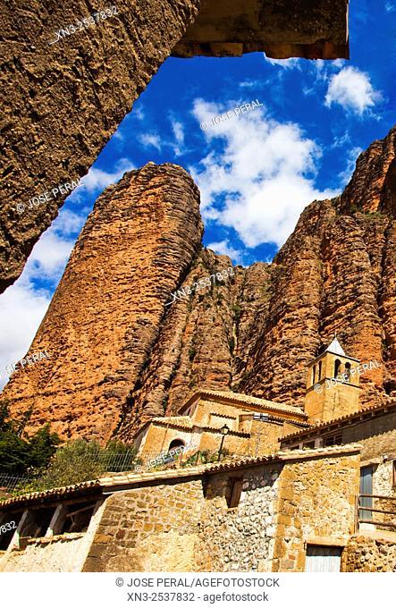 Mallos de Riglos, Riglos Village, La Hoya, Huesca, Aragón, Spain