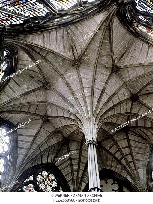 Westminster Abbey. The vault and central pillar of the Chapter House. Originally an assembly place for monks, it was used until the end of the reign of King...