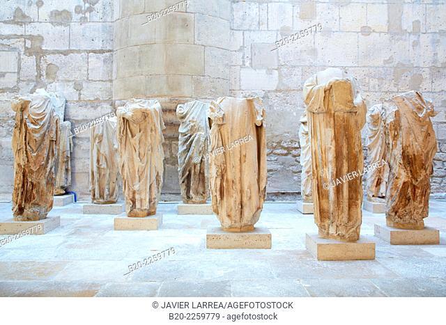 Atelier de Pierre de Montreuil. Statues acéphales. Acephalous Statues. Saints el Ap˜tres. Paris, 1258. Musee du Moyen-Age Middle Ages Museum