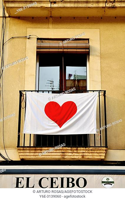 A heart anti-indipendence movement in Catalonia