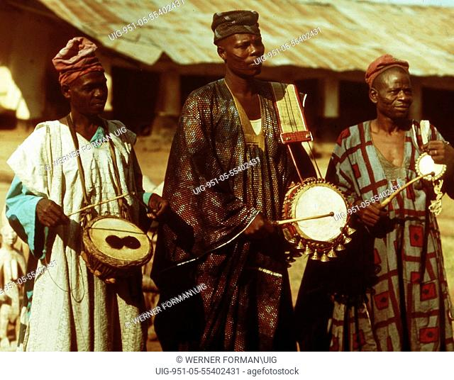 Court drummers of the Timi of Ede