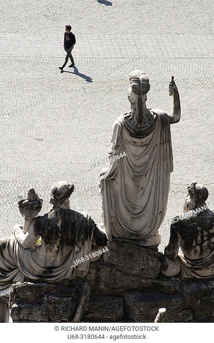 Italy, Rome. people's square, Minerva goddess