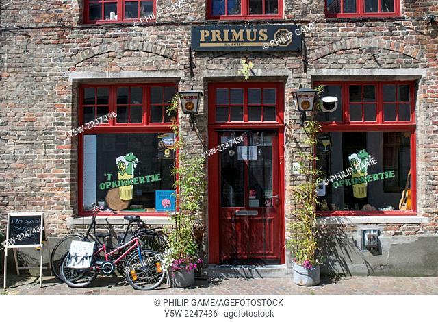 'T Opkinnertjie, a local bar in West Gistelhofstraat Bruges, Belgium
