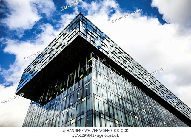 Southwark Offices Building, south London – design by Will Alsop, architect. Completed in July 2006 this building was constructed as a speculative commercial...