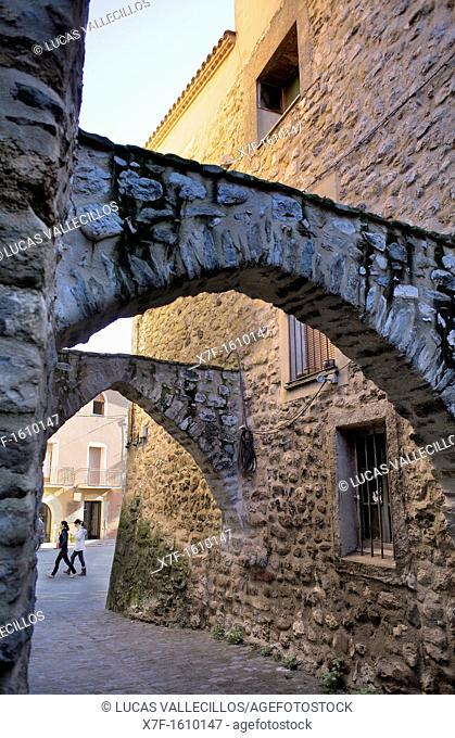 Carrer del Arcs,Besalú, La Garrotxa, Girona, Spain
