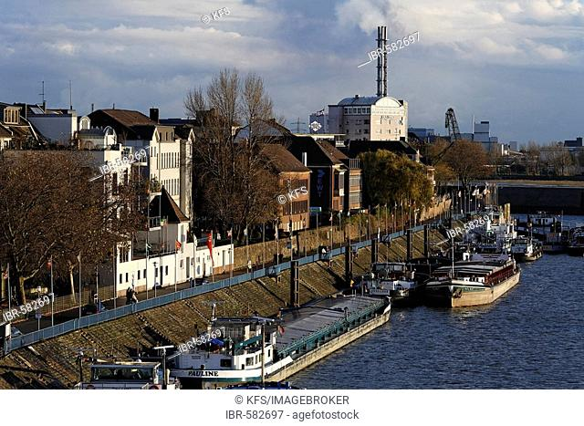 Harbour promenade, Duisburg-Ruhrort, NRW, Germany