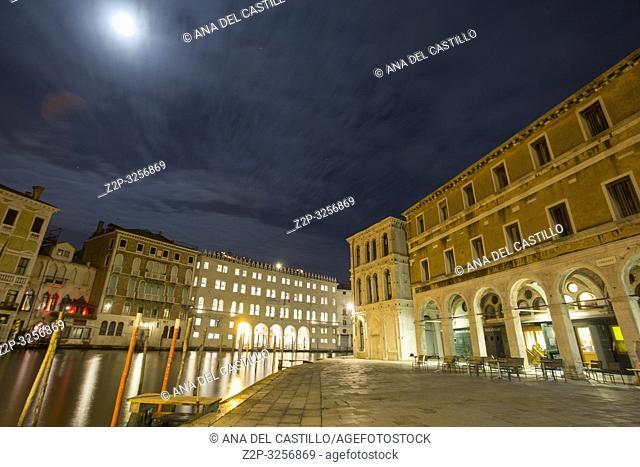 Venice, Veneto, Italy : Full moon over Grand Canal