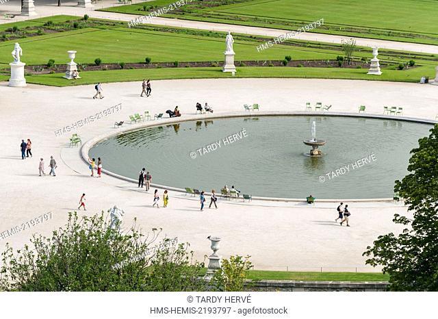 France, Paris, the Tuileries garden, Les Tuileries were once a district of Paris, between the Louvre, Rue de Rivoli, the Place de la Concorde and the Seine