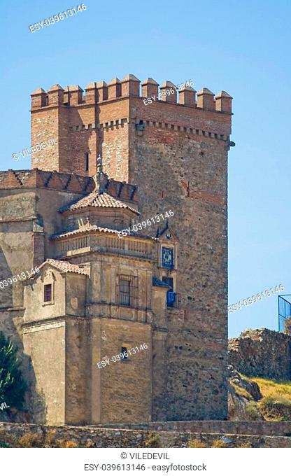Castle that raise Aracena's city, placed in the mountain range of the same name