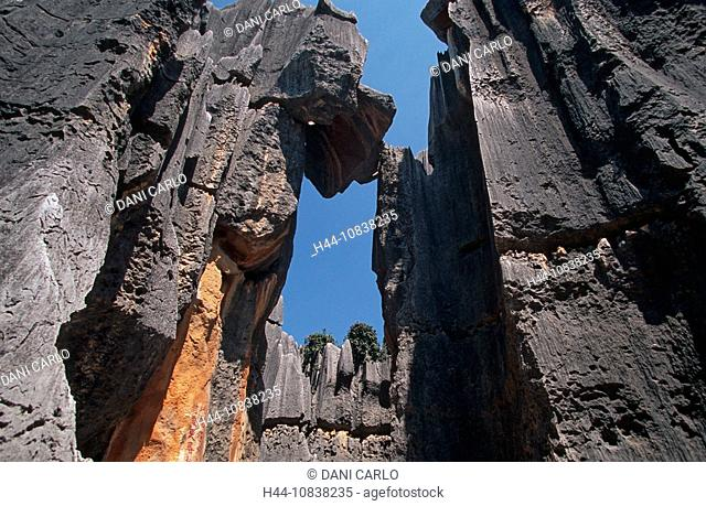 China, Asia, Shilin, Stone Forest, Kunming, Yunnan Province, landscape, karst formations, erosion, rock, rocky, pinnac