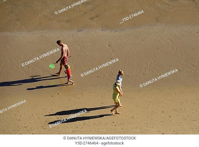 relaxing walking, free of crowd Porto de Mos beach, Lagos, Algarve, Portugal, Europe