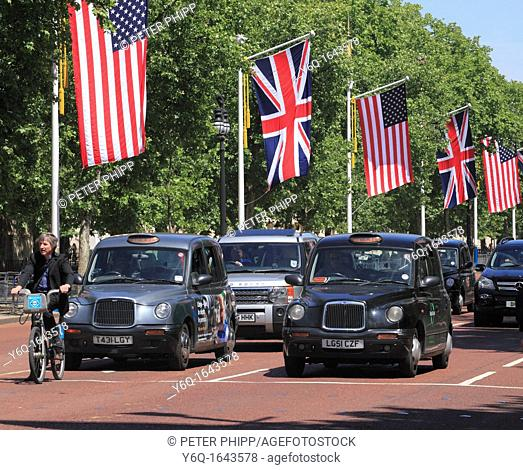 Taxis in The Mall with USA /UK Flags on Visit of Presidend Obama