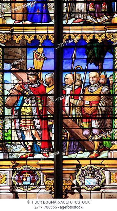 France, Midi-Pyrénées, Toulouse, Cathédrale St-Étienne, window