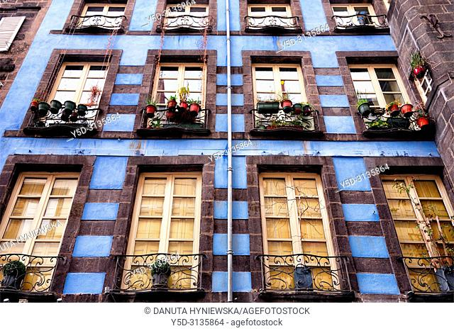 Facades at Rue des Gras near Notre Dame de L'Assomption Cathedral - Cathedral of Our Lady of the Assumption of Clermont-Ferrand