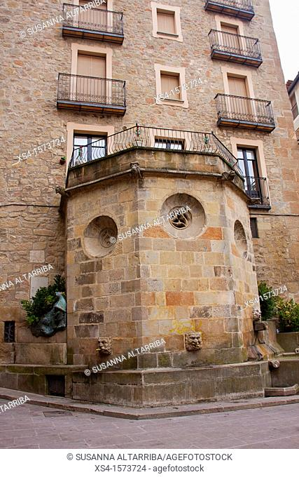 Fountain of Square of the Cathedral or Fountain the Church of Solsona, Fountain Gothic style of the fifteenth century. Solsona, Lleida, Catalonia, Spain, Europe