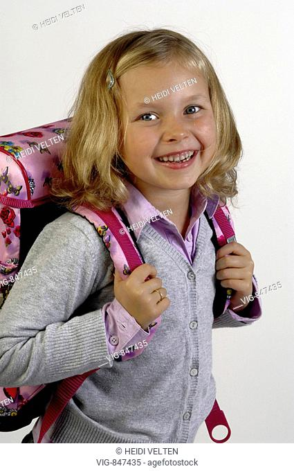 Girl with school satchel. - GERMANY, 29/05/2008