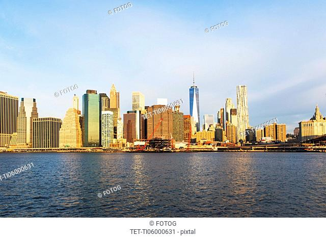 USA, New York State, New York City, Manhattan, City panorama seen across East River