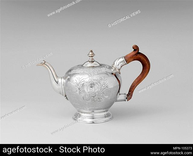 Teapot. Date: 1735-1755; Geography: Possibly made in Boston, Massachusetts, United States; Culture: American; Medium: Silver; Dimensions: Overall: 5 9/16 x 8...