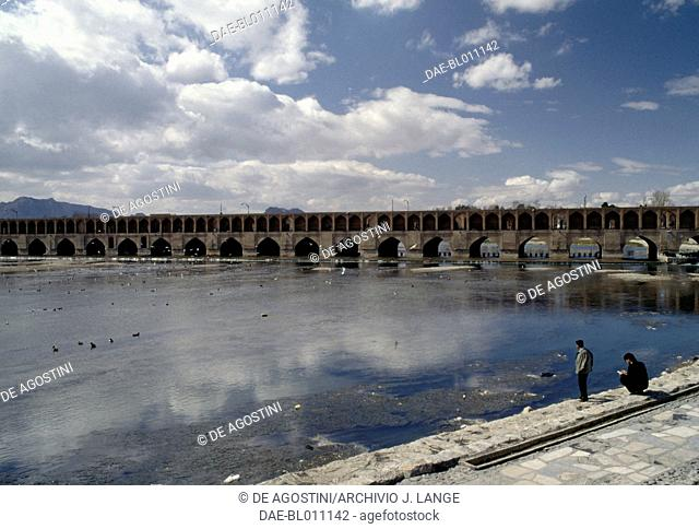 Siosepol or Siose bridge (bridge of thirty-three arches), 1599 -1602, over the Zayandeh river, Isfahan (Esfahan). Iran, 17th century