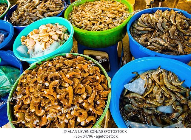 Mazatlan shrimp at market