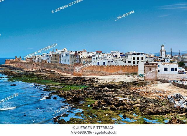 rampart and historical medina of Essaouira seen from ocean site, UNESCO world heritage site, Morocco, Africa - Essaouira, Morocco, 27/05/2016