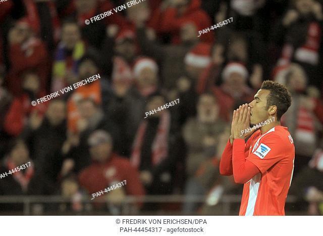 Mainz' Maxim Choupo-Moting reacts during the German Bundesliga match between FSVMainz and Borussia Dortmund at Coface Arena in Mainz,Germany, 30 November 2013