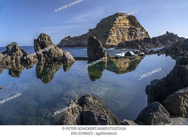 natürliche vulkanische Lava Pools in Porto Moniz, Madeira, Portugal, Europa |