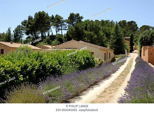 Dorf in der Provence, Südfrankreich