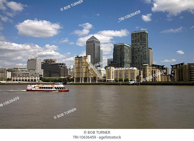 canary wharf docklands london england
