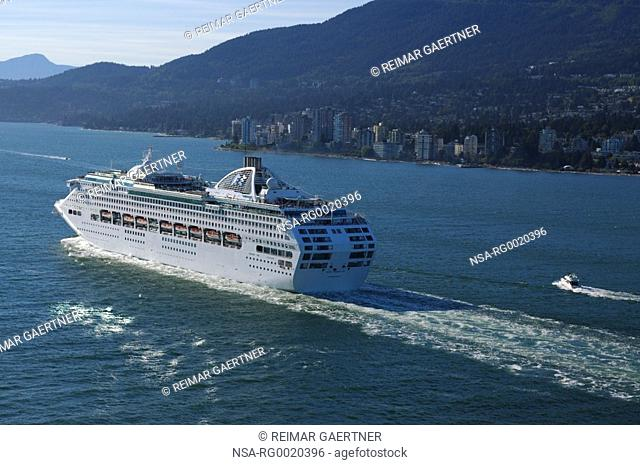 Cruise ship departing West Vancouver for Alaska
