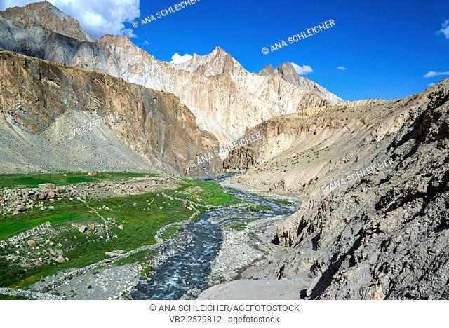 Markha river. Trekking in Markha valley (Laddakh, India)
