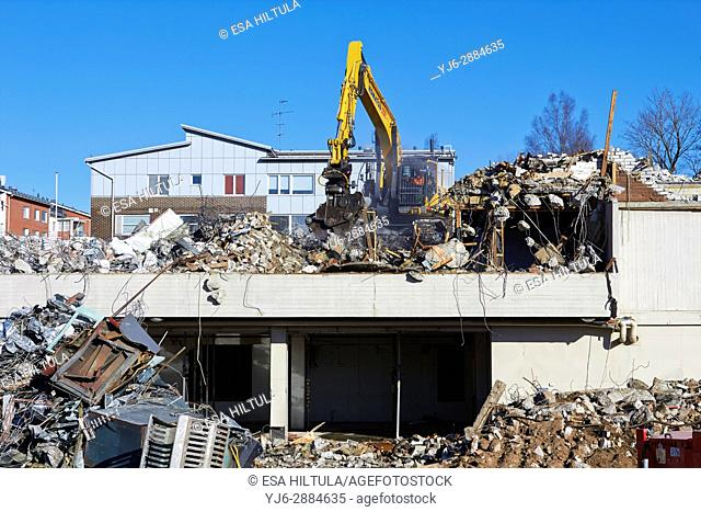 House demolition, Lappeenranta Finland