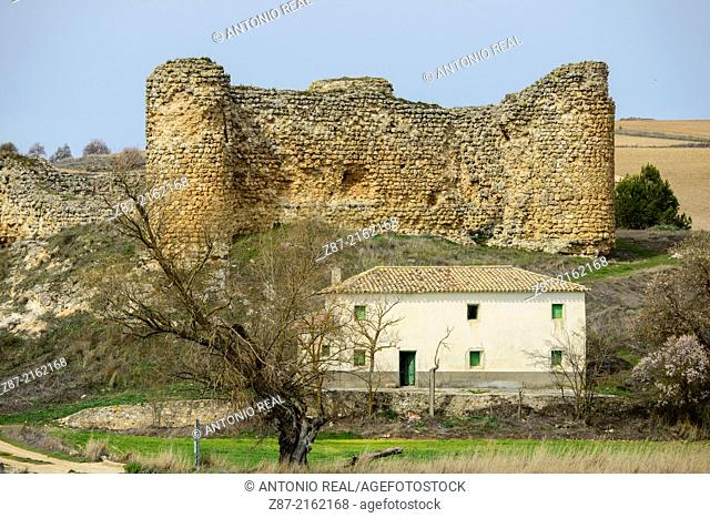 Castle and chapel of Fuentes, valley of river Záncara, Villarejo de Fuentes, Cuenca province, Castilla-La Mancha, Spain