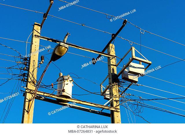 Cuba, Trinidad, power supply
