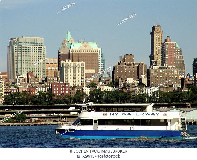 USA, United States of America, New York City: East River, Skyline of Brooklyn Heights, NY Waterway ferry boat