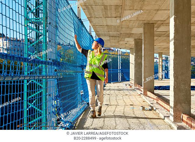 Safety Inspector. Security System Work RESA. Protection in building work in construction. System that eliminates the possibility of people falling in the works