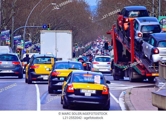 Traffic jam. Gran Via de les Corts Catalanes, Barcelona, Catalonia, Spain