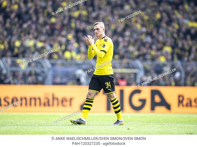 Jacob BRUUN LARSEN (DO) gesture, gesture Soccer 1.Bundesliga, 33.matchday, Borussia Dortmund (DO) - Fortuna Dusseldorf (D) 3: 2, on 11.05