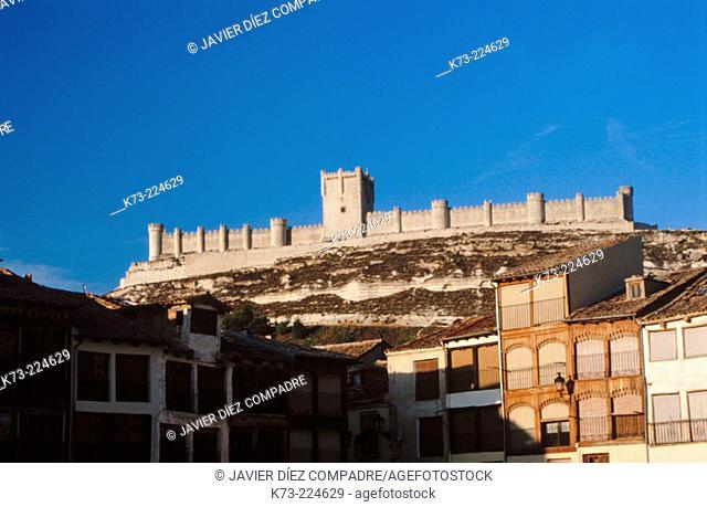 Peñafiel, main square and castle. Valladolid province. Spain