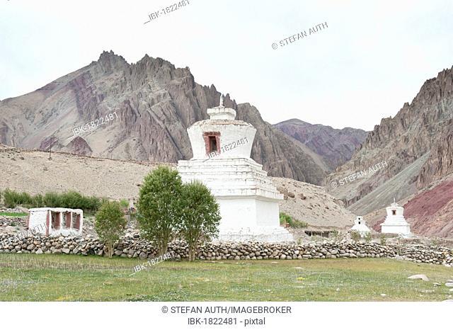 Tibetan Buddhism, white stupas, valley, Gya Gorge, Red Valley, Leh-Manali Highway, a mountain pass road, mountain scenery, Ladakh region, Jammu and Kashmir