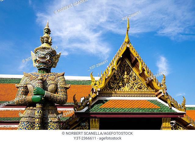 Asia. Thailande, Bangkok. Guardian at Wat Phra Kaeo complex, King's palace