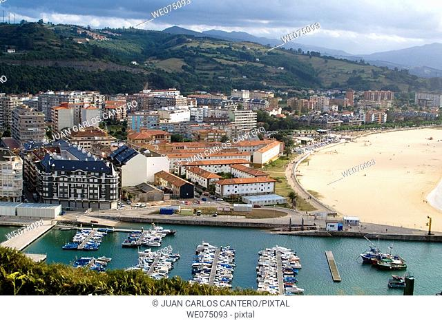View of Laredo from La Caracola viewpoint. Laredo. Cantabria. Spain