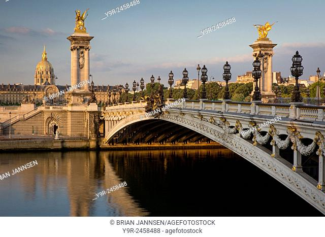 Dawn over River Seine, Pont Alexandre III and Hotel les Invalides, Paris, France