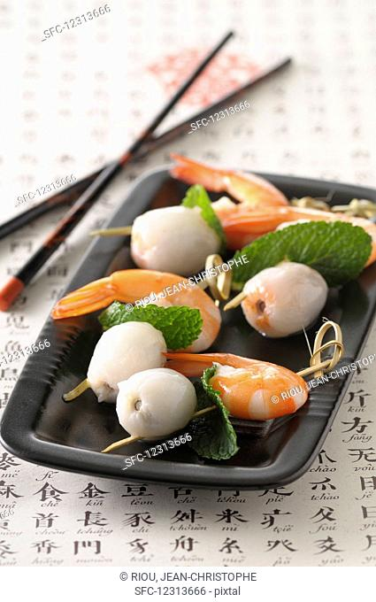 Prawns with lychees (Asia)