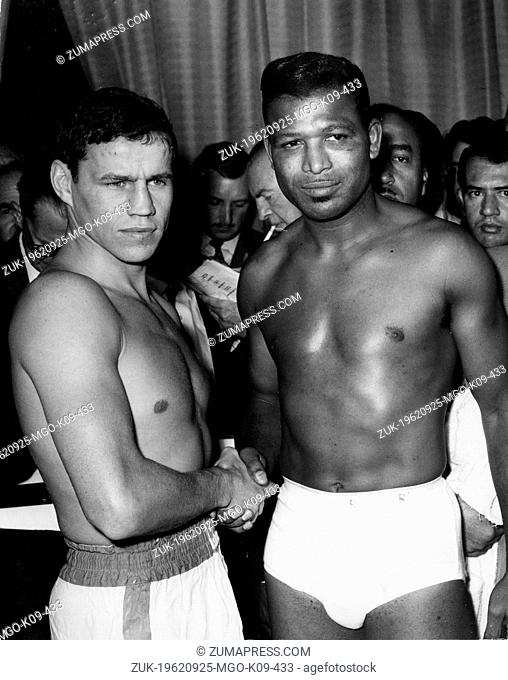 Sep. 25, 1962 - London, England, U.K. - Boxer 'Sugar' RAY ROBINSON was born on May 3, 1921 in Ailey, Georgia, pictured after a fight with TERRY DOWNES at...