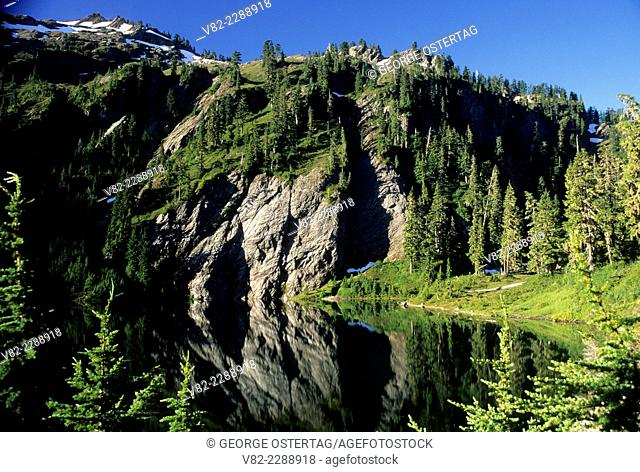 Lower Watson Lake, Noisy-Diosbud Wilderness, Mt Baker-Snoqualmie National Forest, Washington